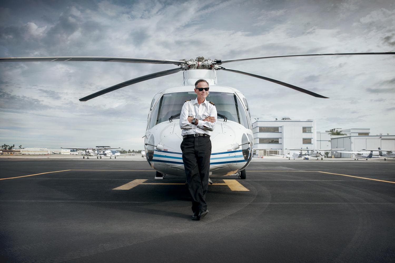 KurtDeetzPortraitShoot-043_V2a_FIN-2-1500px-Portrait-Helicopter-Pilot-LosAngeles-SeanMoore.jpg