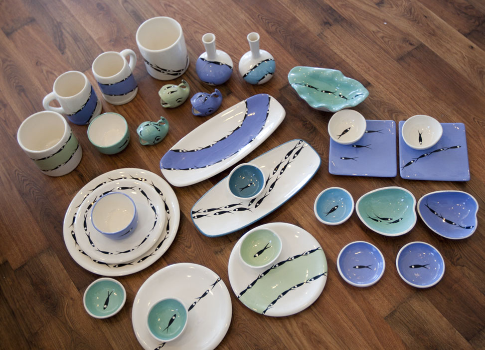 Solid and wave dishware,ceramic