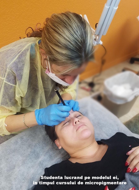 esthetic-lines-by-alexandra-florida-permanent-makeup-training-19.jpg