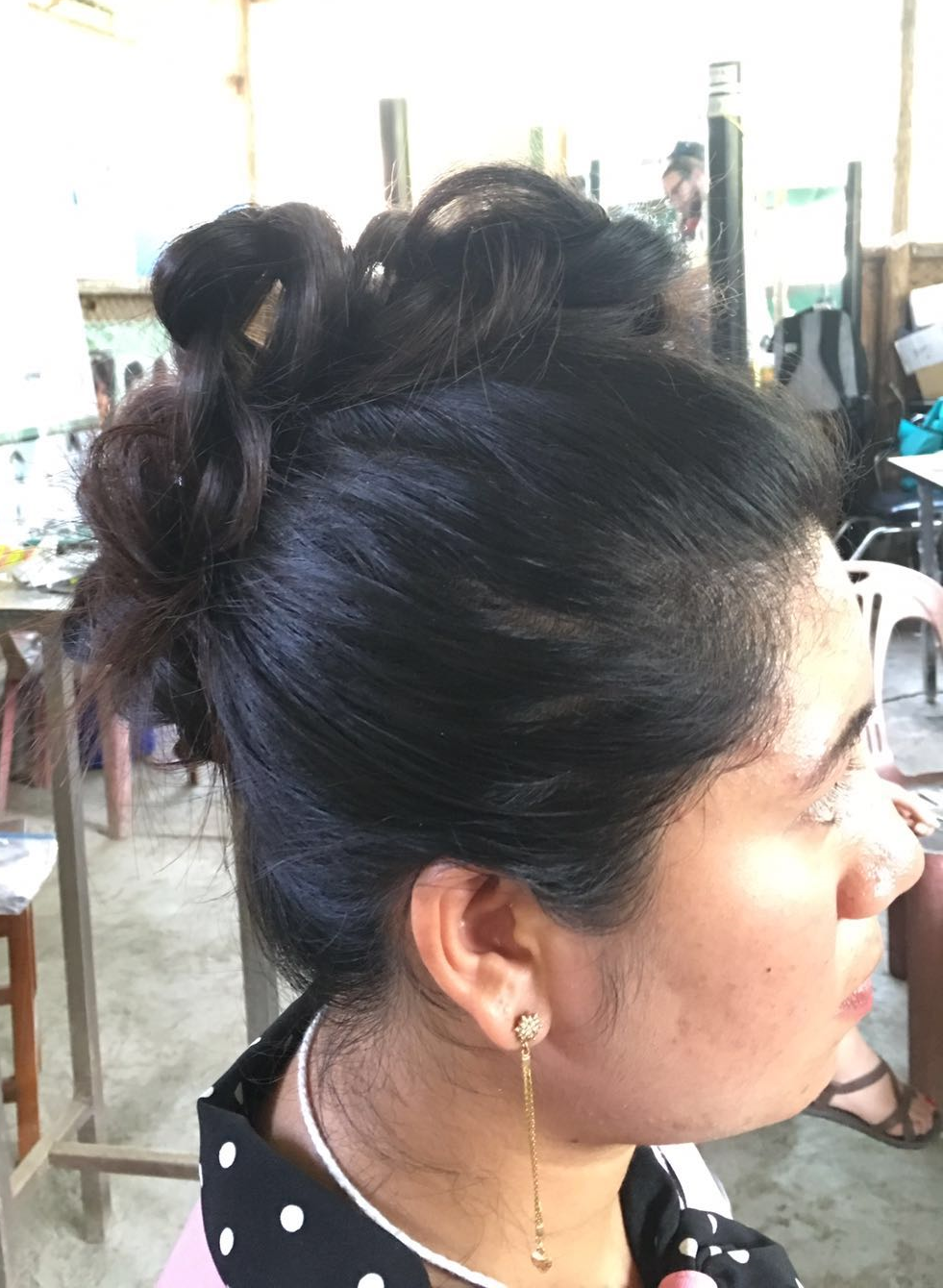 Beautiful (and cool) updo.