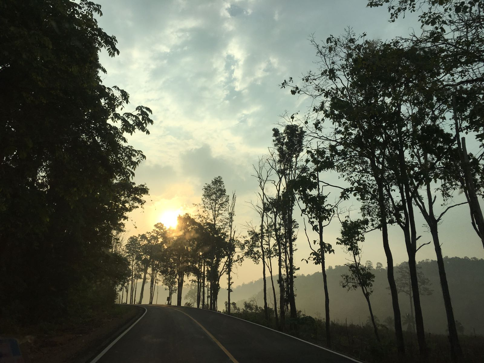 Beautiful sunrise on the drive to Umpiem Mai camp