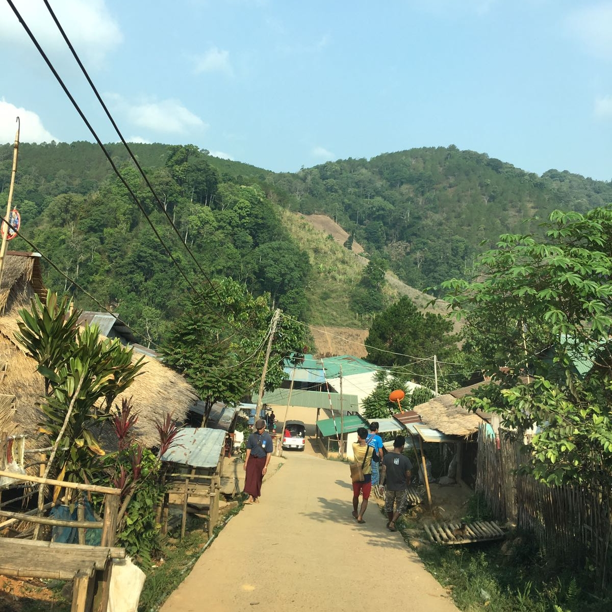 This is Umpiem Mai camp where the team will be teaching