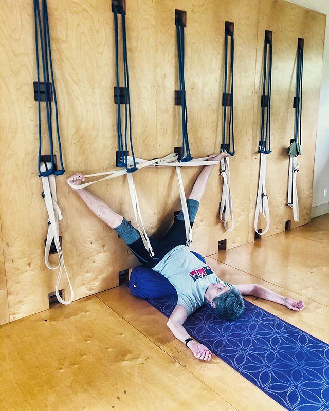 #yoga #iyengaryoga #yoginisofinstagram #yogaprops #yogaropewall #restorativeyoga #yogaforlife #yogaforseniors #yogini #tryiyengar #inversions #yogainversions #legsupthewall #viparitakarani #relaxyoursoul #yogaforbeginners #yogaforhealth #yogaforwomen