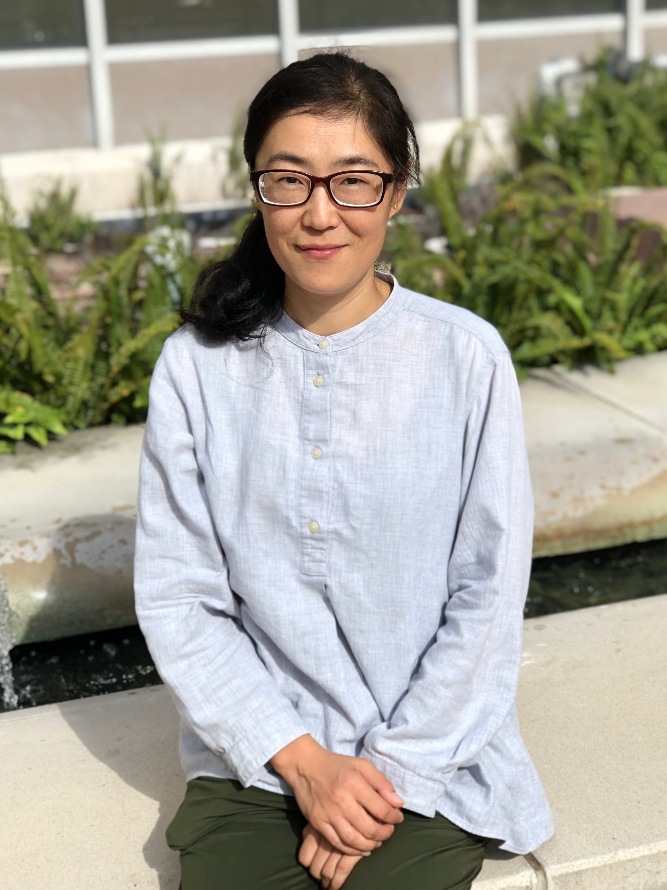 Name: Yidan Li Year joined BCM: 2019 Position: Research Associate/Lab Manager Alma Matter: Northeast Agricultural University, Tottori University Hometown: Harbin, China What you are working on: CRISPR/Cas9 mediated endogenous tagging and/or knockout of genes; lentivirus generation and transduction; generate CRISPR/lentiviral constructs; genomic and high throughput sequencing based assays; computational analysis of high-throughput sequencing data