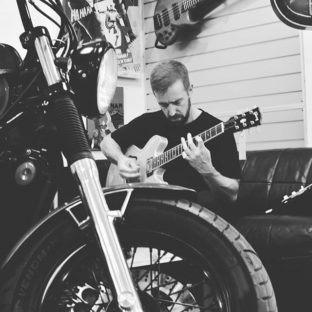 Joe came down from Bristol the other day to try a guitar, but ended up staying and playing for an hour.  He also took a fancy to a different guitar than the one he came to see. Everyone is welcome to come and try the guitars we have.  #motomusic #cardiff #cardiffbusiness #guitarist #guitar #motorcycles