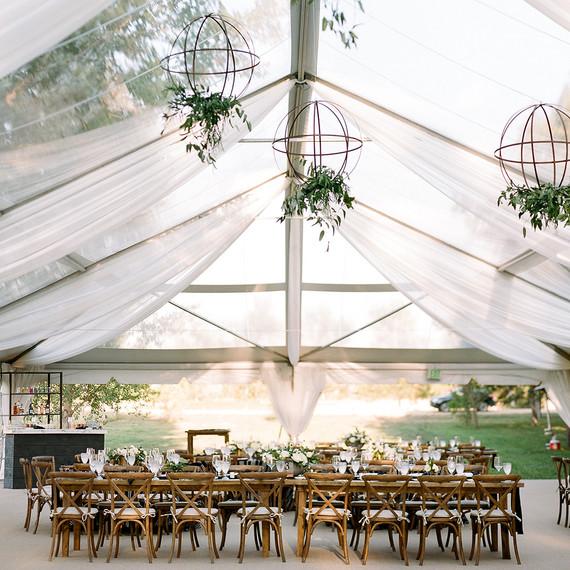 jamie-jon-wedding-tent-630-6486670-0418_sq.jpg