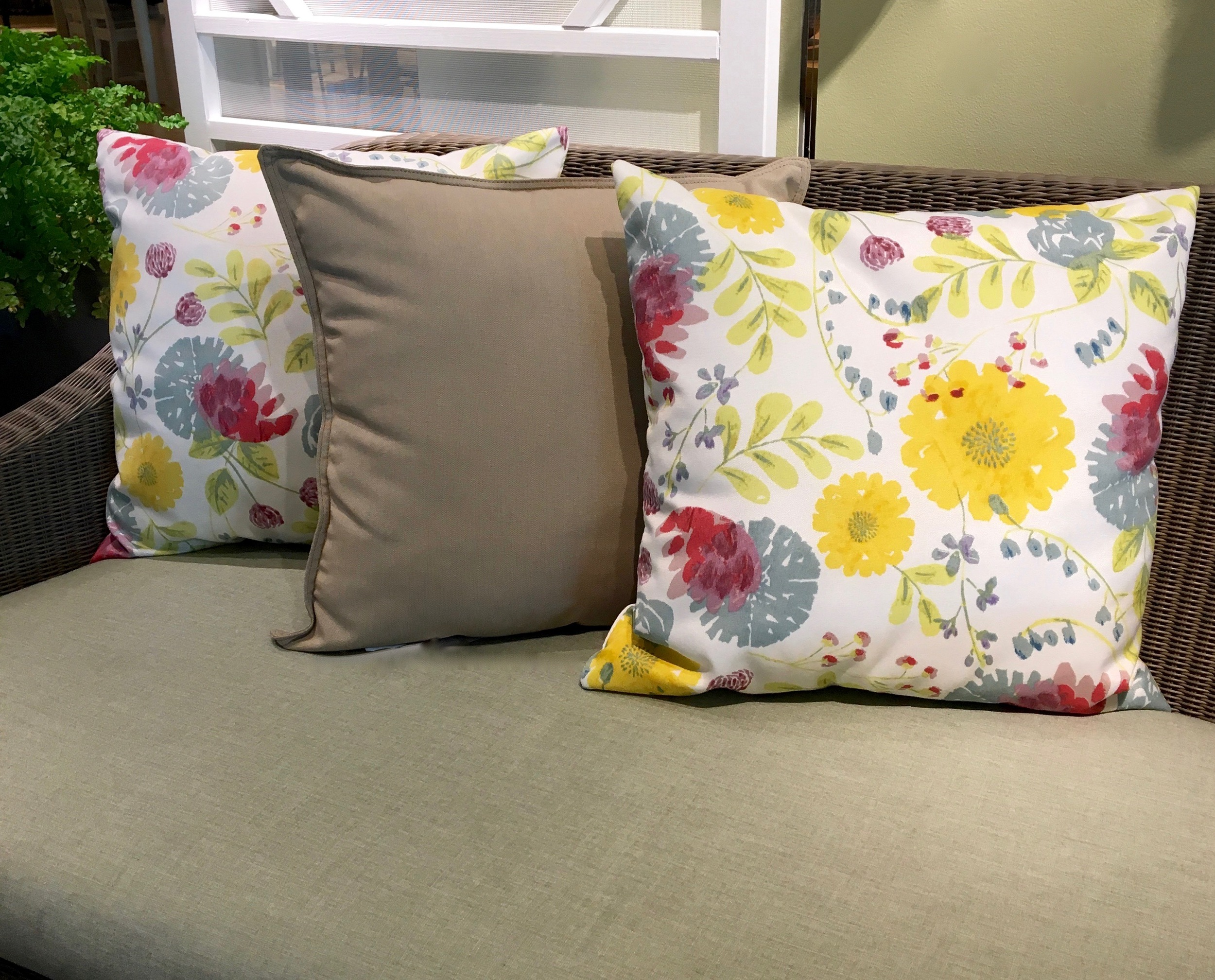 Photos: Full Bloom Home Staging