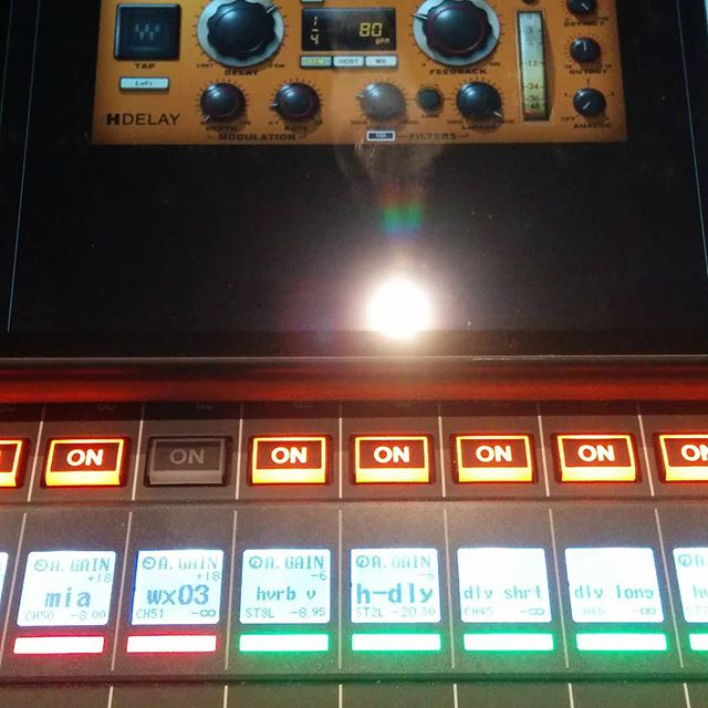 FX tip. Try sending your delay only to your reverb, not to the mains. Cool little FX. @wavesaudio @yamahaproaudio, #audio #foh