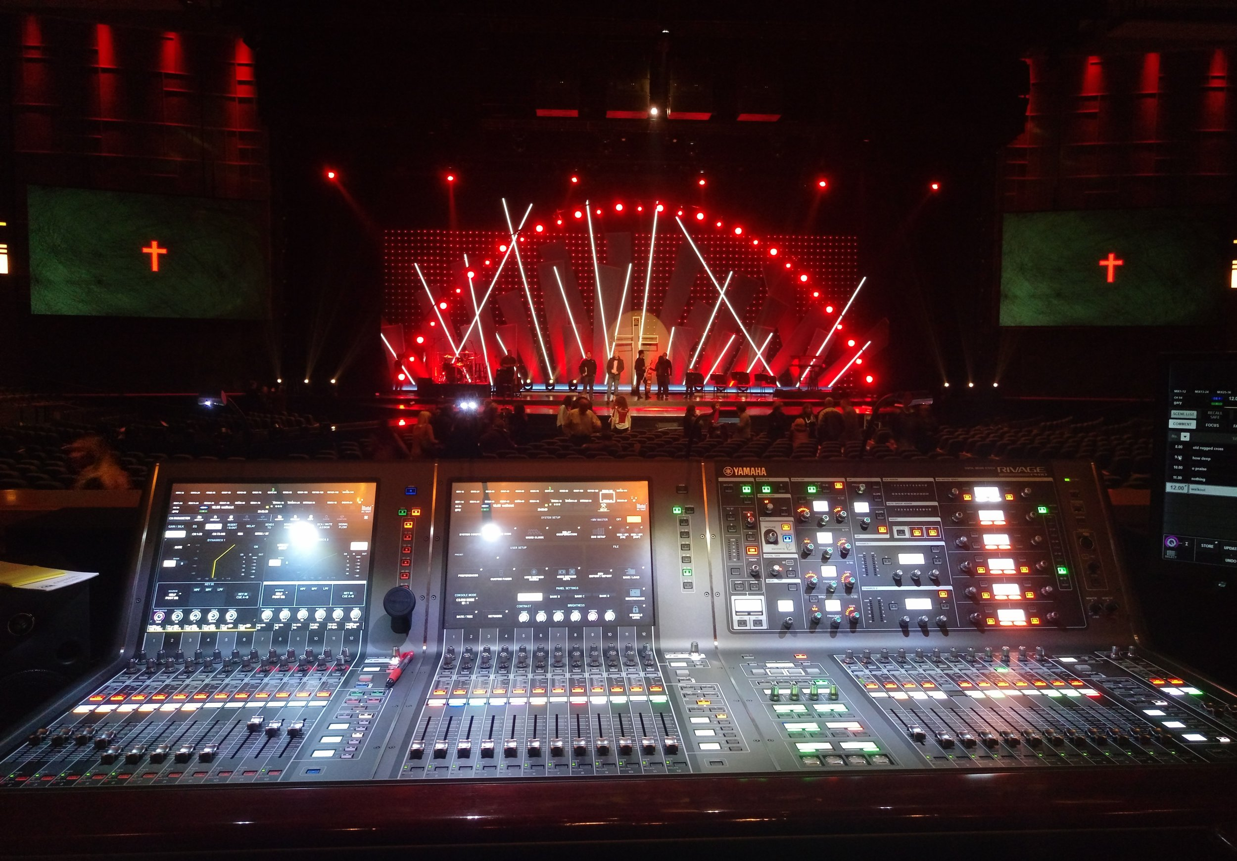 FOH:  Good Friday Services at Willow Creek Community Church