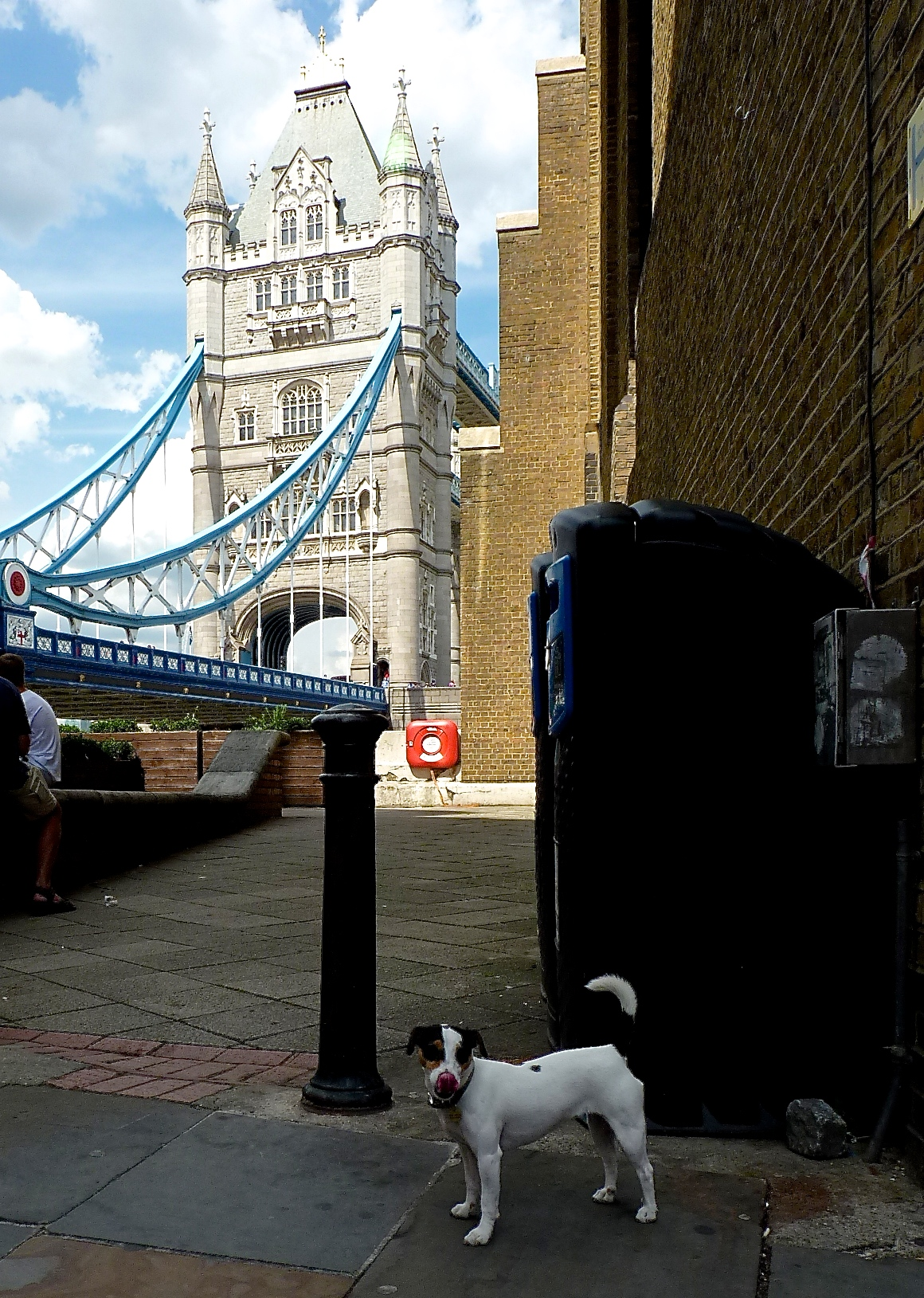 This is a very famous spot in London. It's famous because I've been there. I think.