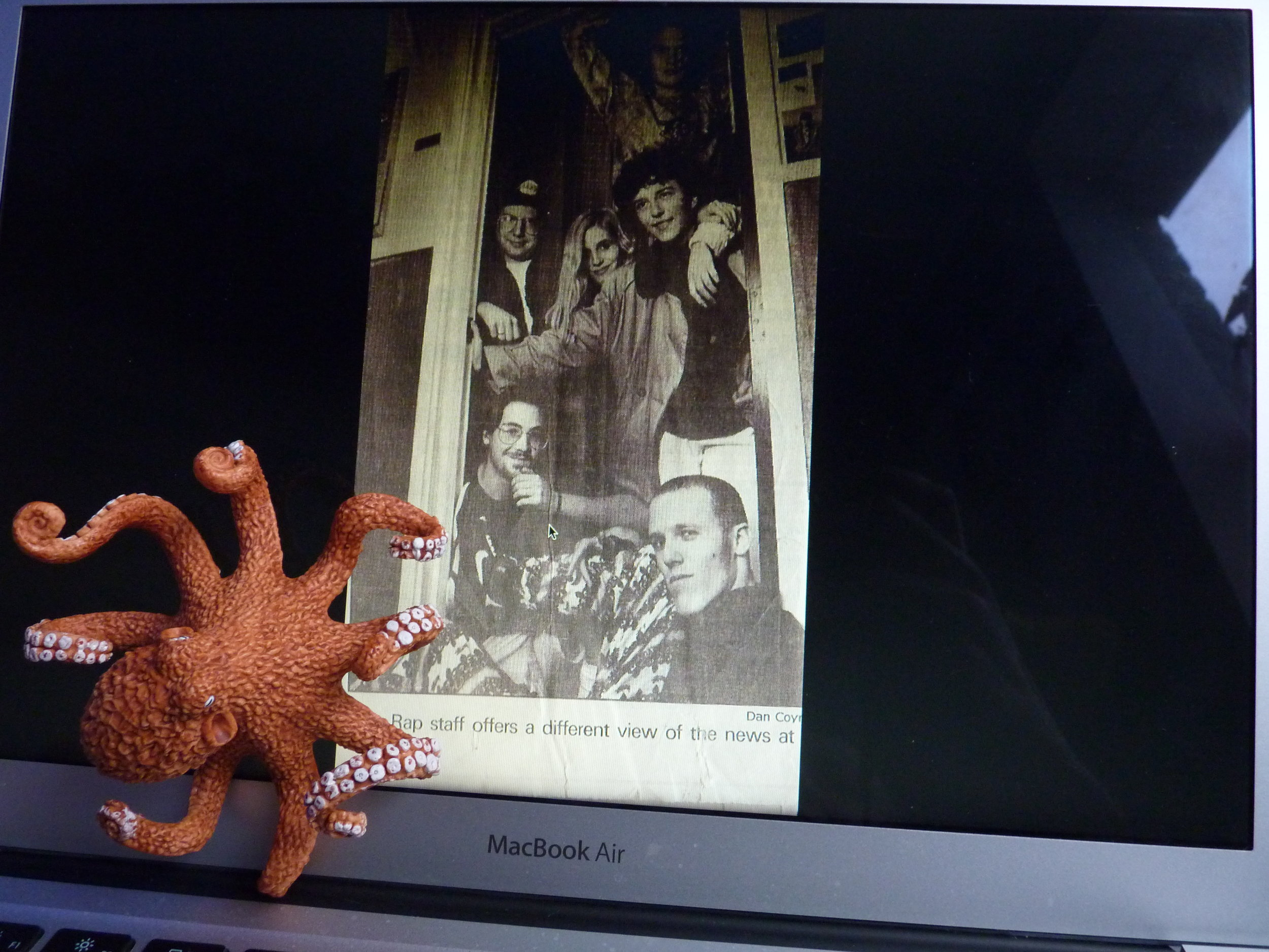 While getting his degree in marine biology from UC Santa Cruz, the octopus fell in with a bad crowd - of journalists, helped to found The Fish Rap Live student newspaper (still going!) and decided to become a writer. Dress sense remained a major problem.