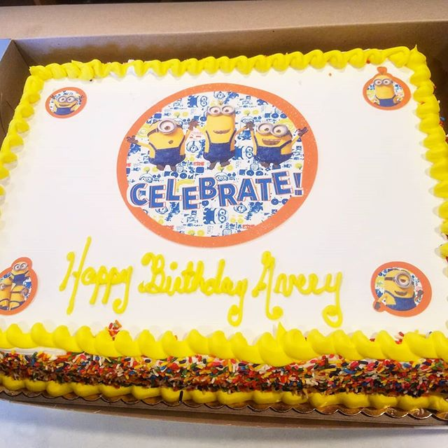 The minions are telling you to vote vote vote for us using the link in our bio in the categories of best bakery, dessert place and sweet shop! #daddysdonuts #minions #cake #cakes #bakery #bakedgoods #donuts #donutsupply #eeeeeats