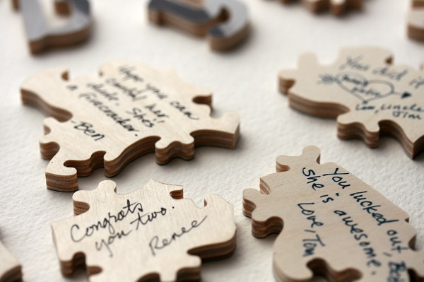 puzzle-pieces-wedding-guest-book-ideas.jpg