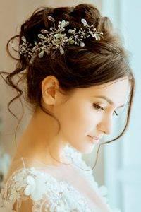 xsophisticated-wedding-hair-ideas-200x300.jpg.pagespeed.ic.arYr3YNz1q.jpg