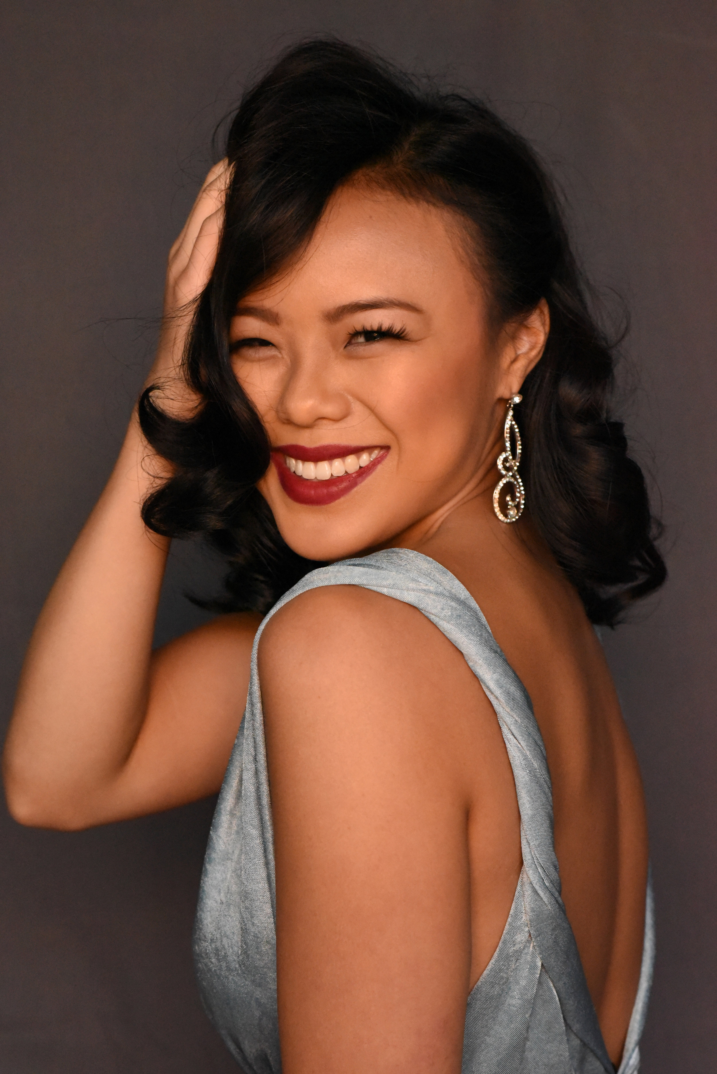 Victoria Ng 伍佩俐 Miss Chicago Chinatown.jpg