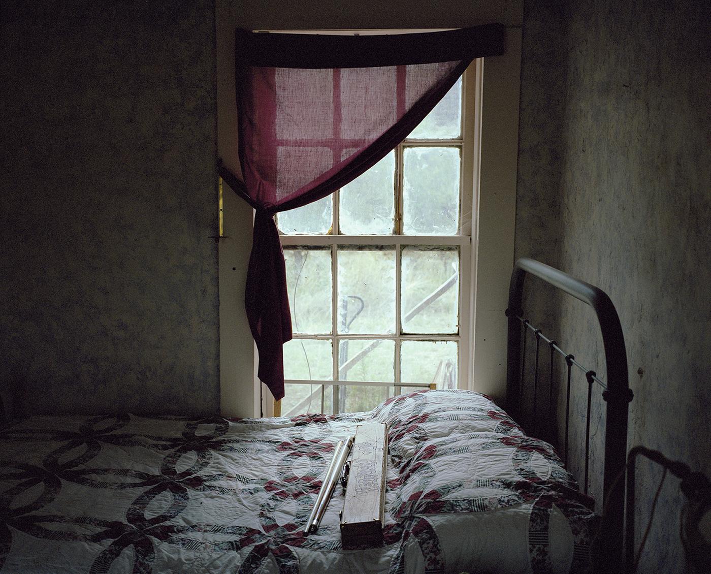 j_Bedroom.jpg
