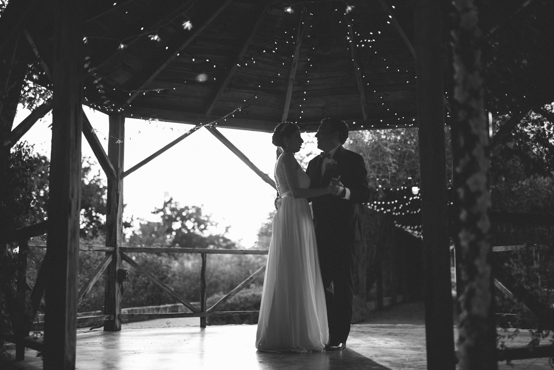 New Braunfels Wedding First Dance