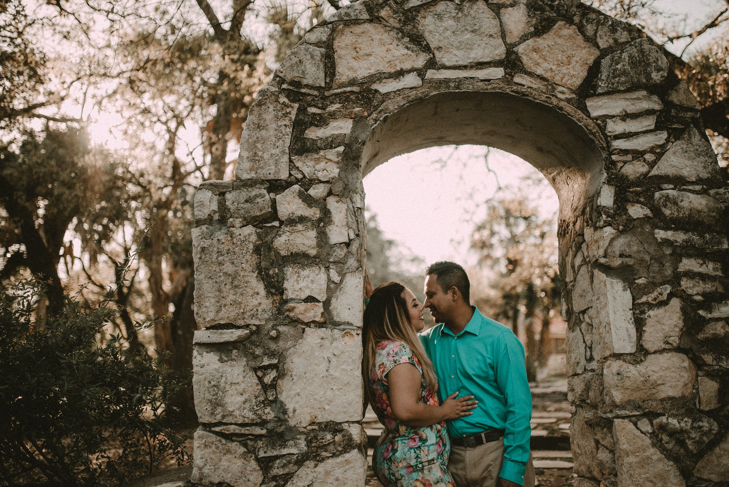Austin Texas Engagement Photos at Mayfield Park