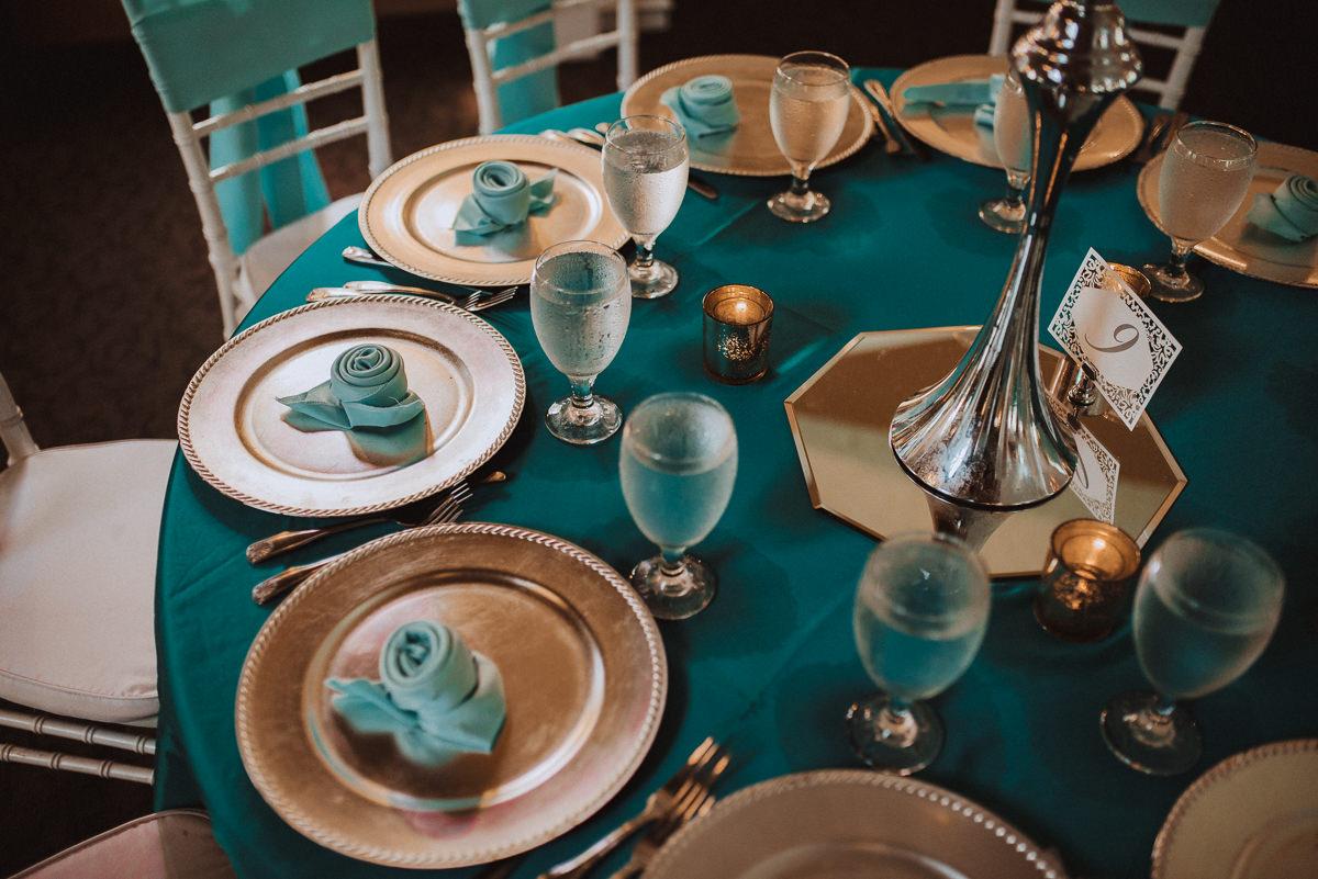 heaven on earth venue wedding tables