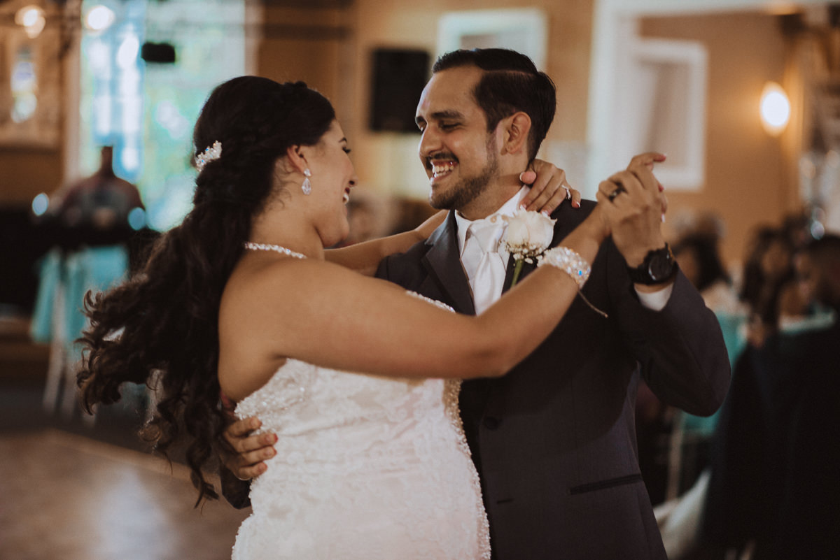 bride and groom first dance in houston