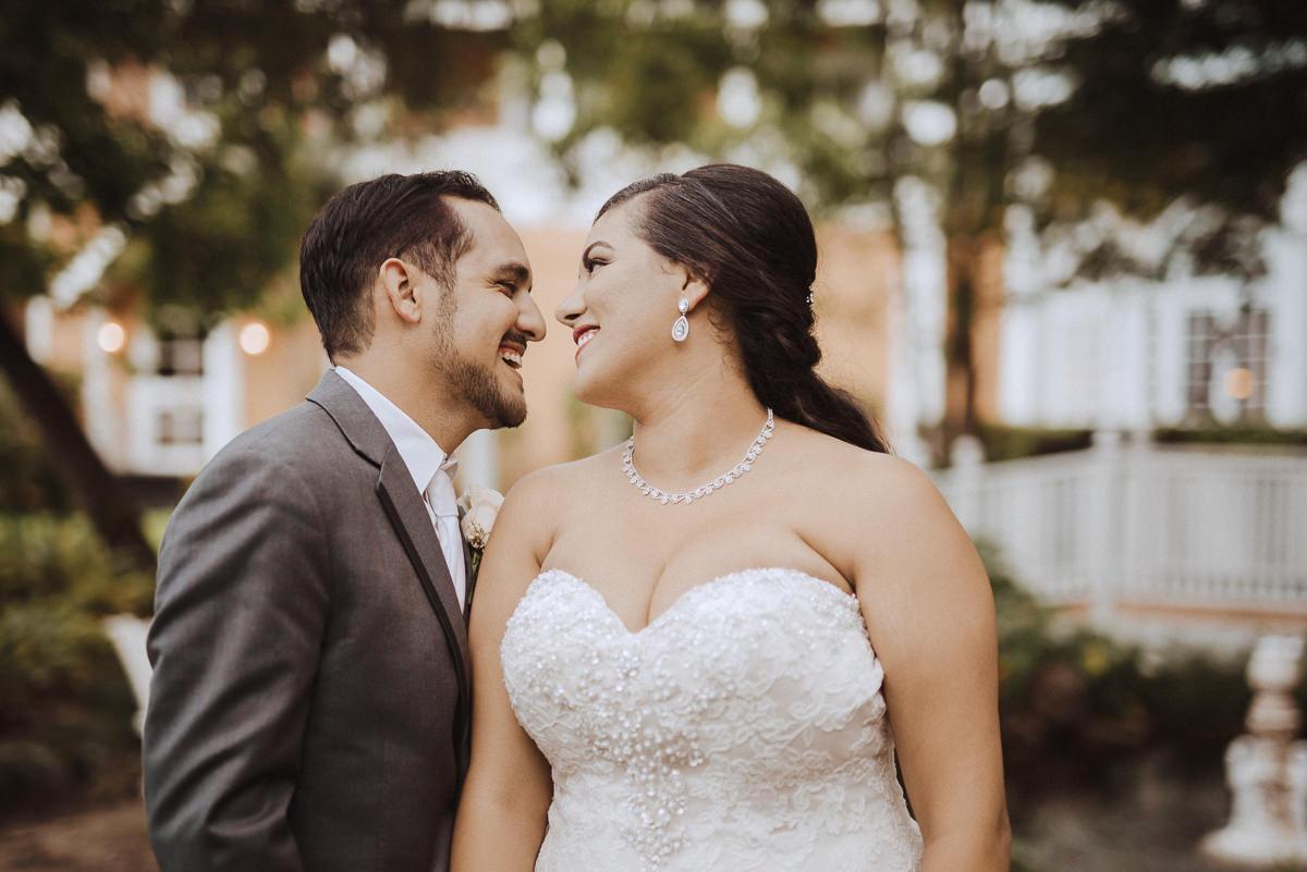 wedding portraits at Heaven on Earth Houston
