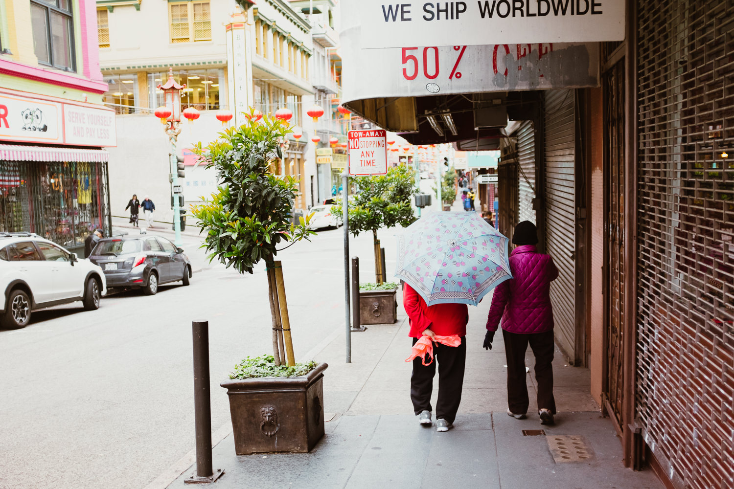 Two women in Chinatown