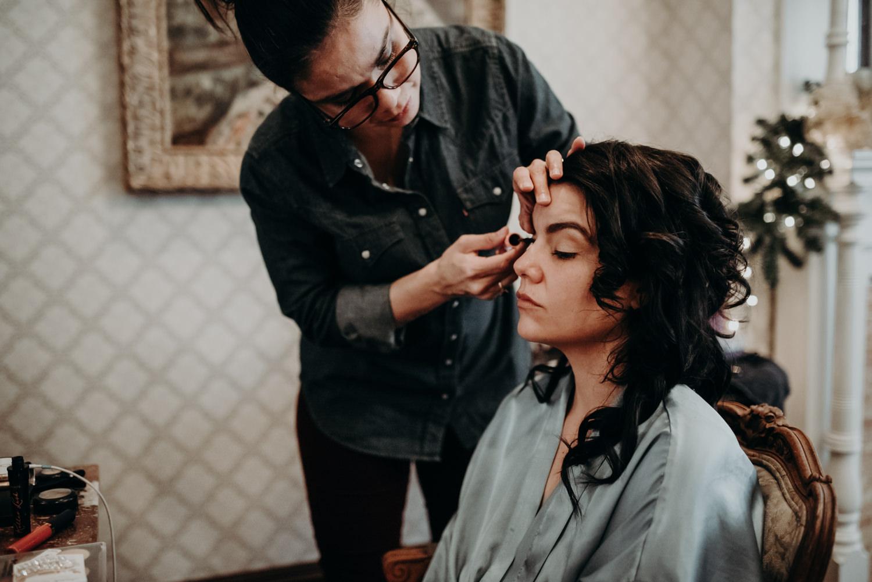 bridal preparation at austin texas wedding
