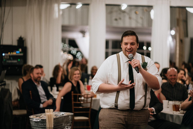 best man gives funny speech at texas wedding