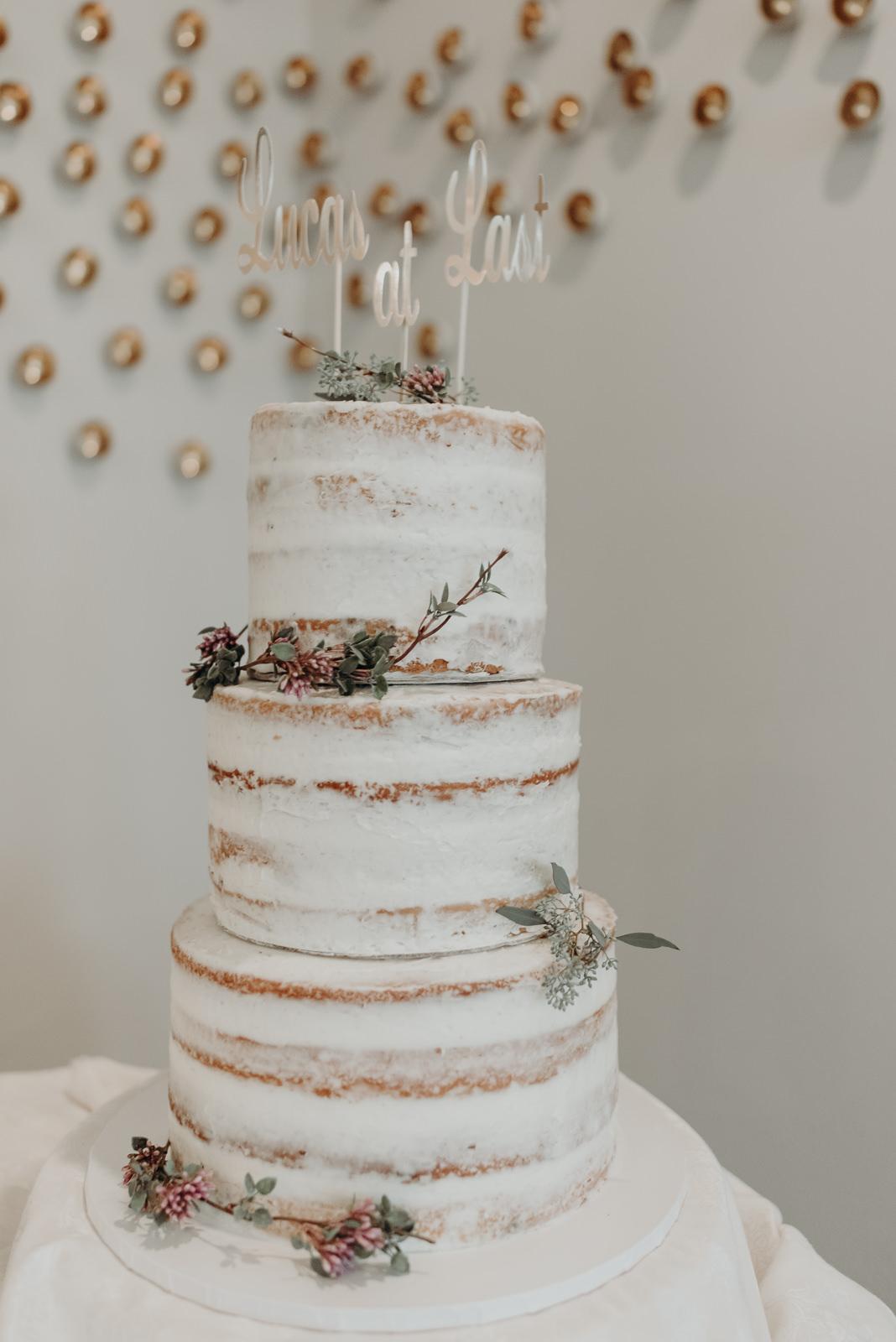 five times the charm wedding cake