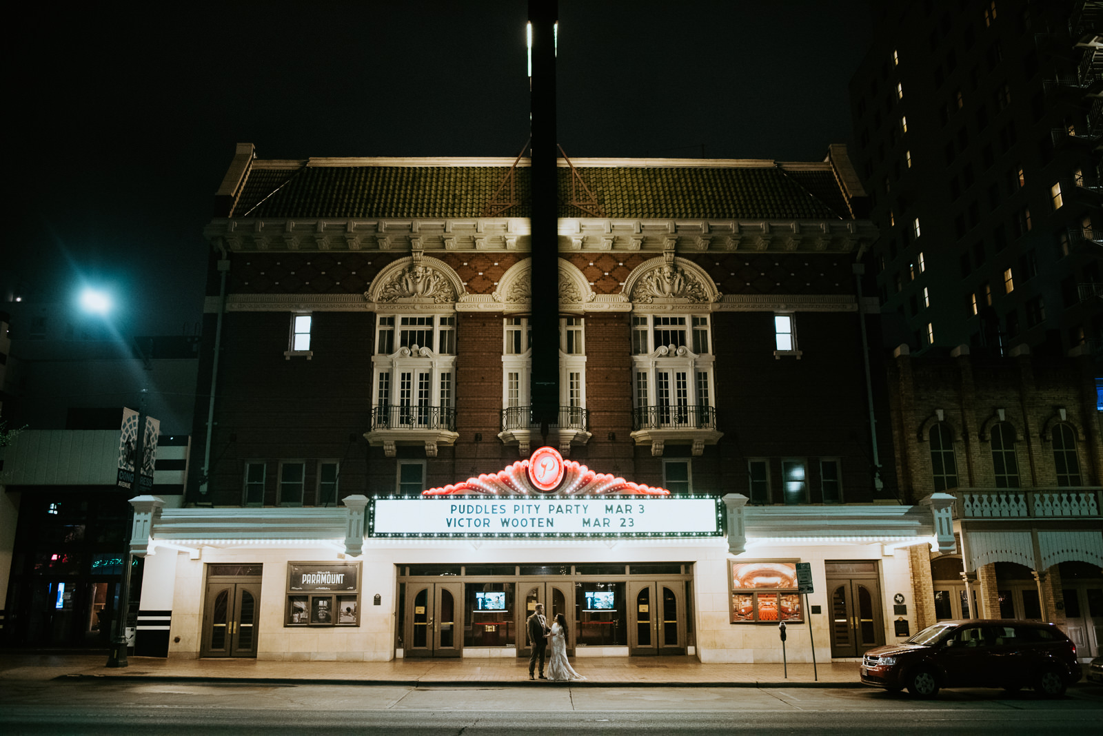 wedding portraits at the paramount in austin texas