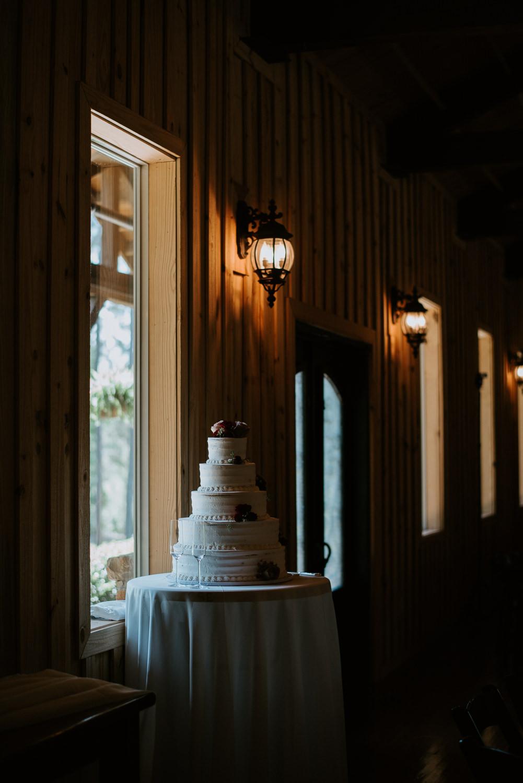 wedding cake at houston wedding