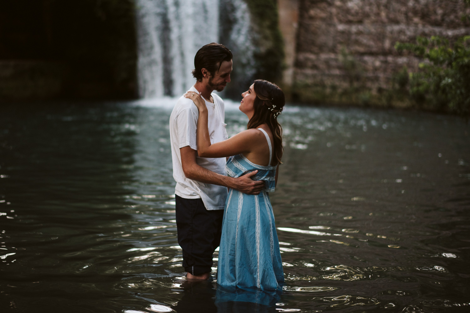 waterfall engagement pictures