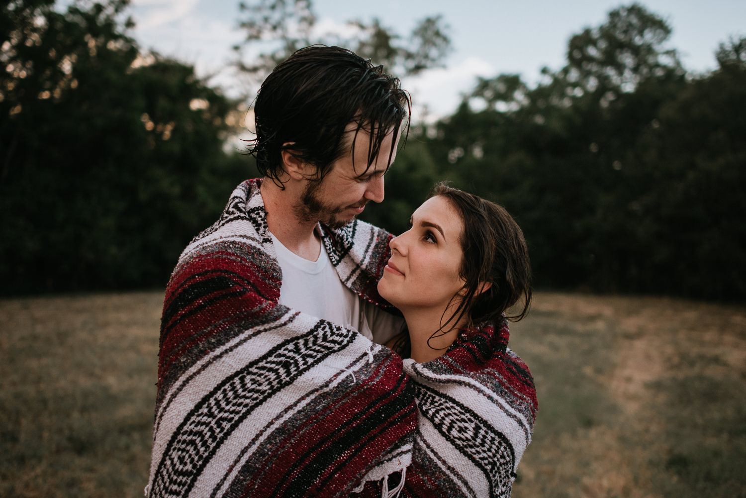 romantic engagement photo in park