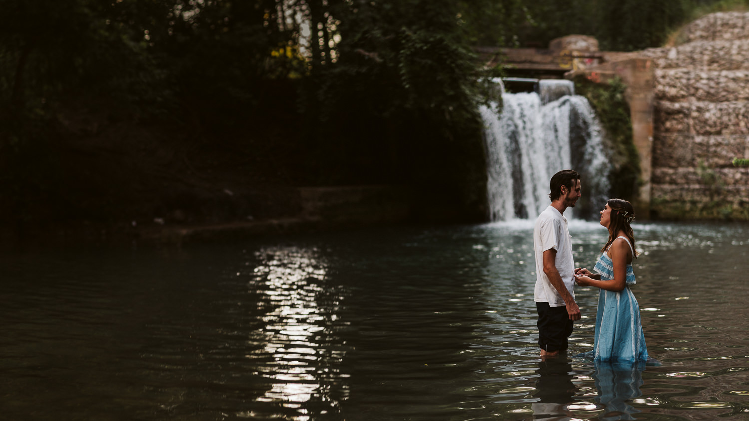 engagement photography in San Marcos river
