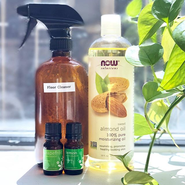 Did you know that you can clean wood floors with the most amazing NATURALLY scented items? My superstar assistant, Brittany, makes a spray for us at the office that is divine. She uses almond oil (in 16 oz 2-3 tblsp), 2 tblsp of alcohol and about 10 drops of your favorite essential oil. We love using grapefruit or lemon. It smells amazing! #naturalcleaning #chemicalfree #aromatherapy #naturalfloorcleaner #toxinfree #holistichealth