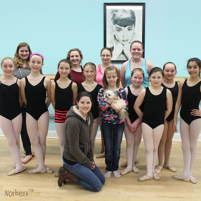 20150331_Julie, meg and Dancers.jpg