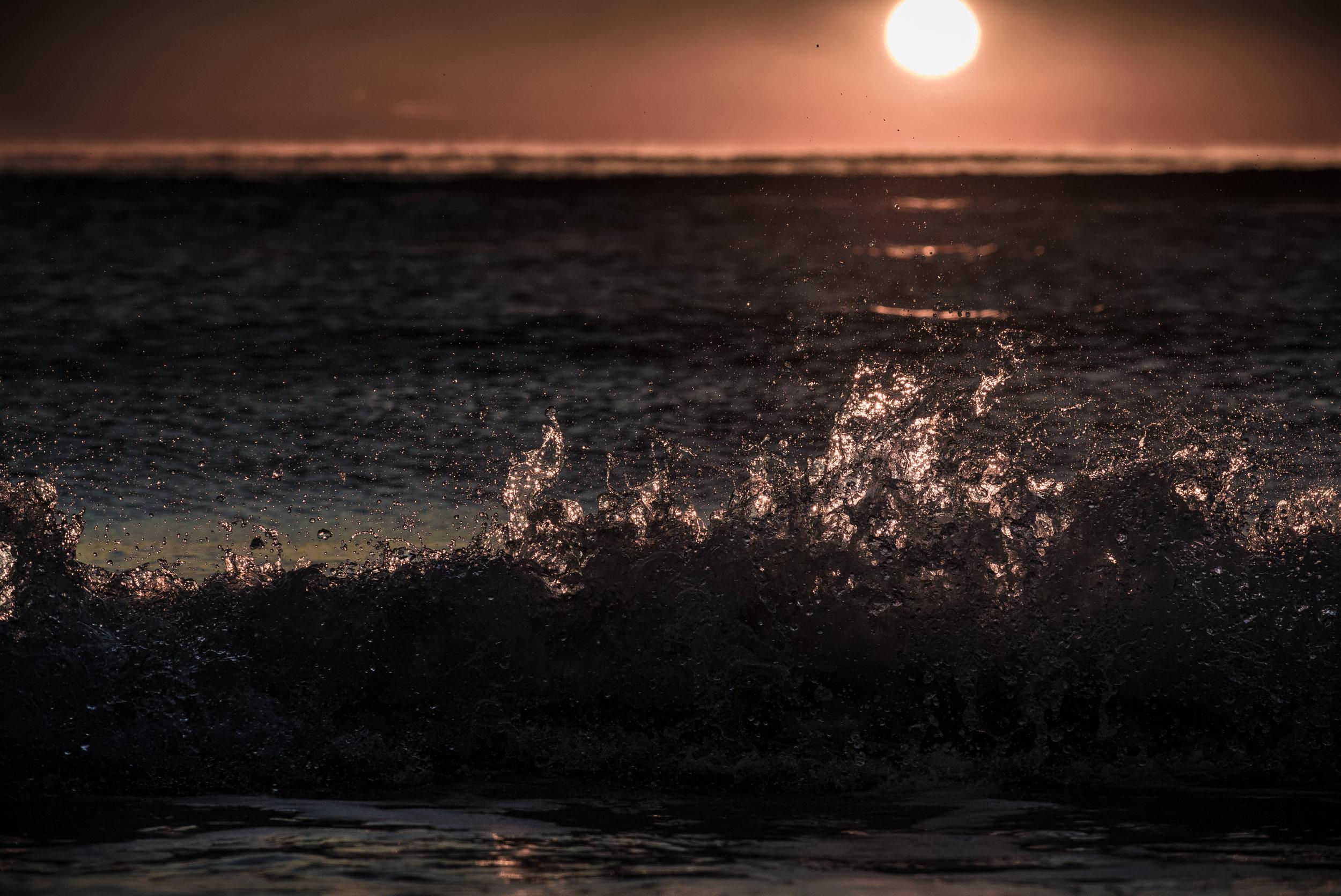 sunrise wave 2.jpg