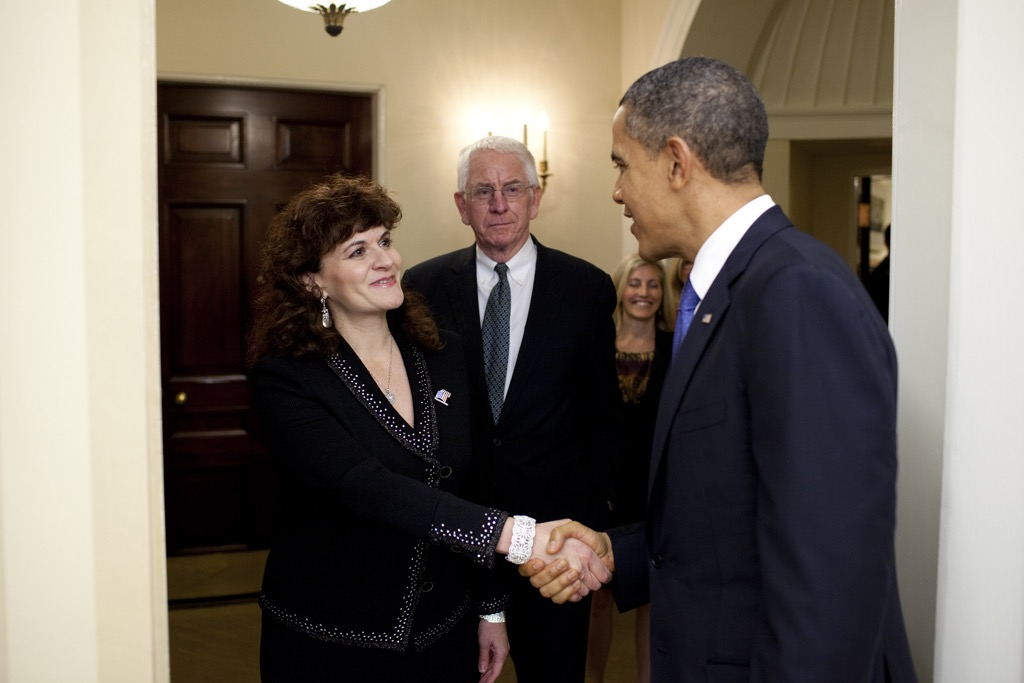 Karen meets President Obama at the White House where she was receiving the Presidential Award for Excellence in Science, Mathematics, and Engineering Mentoring
