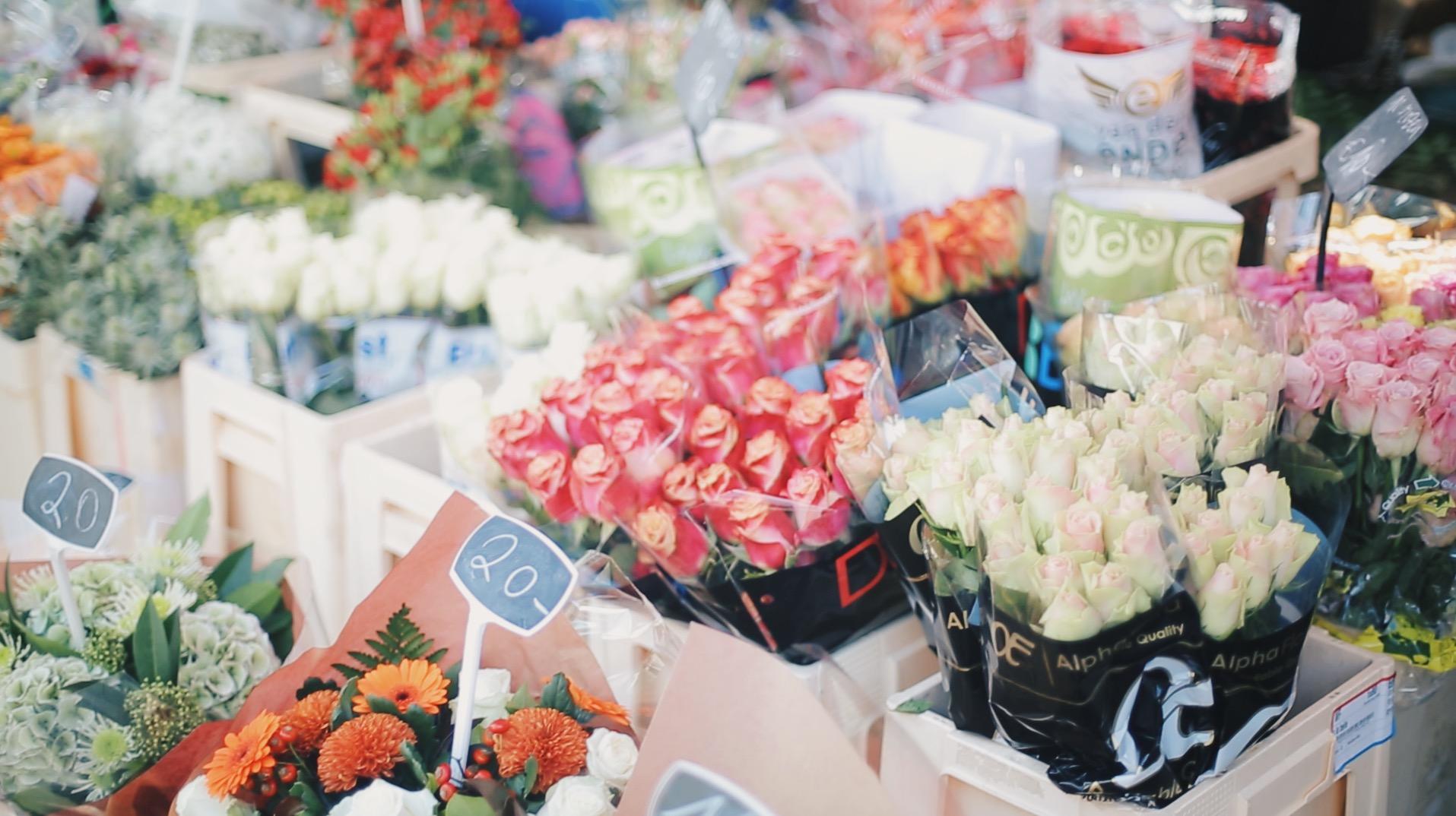 bruges market flowers