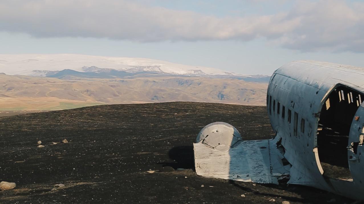 solheimassandur plane iceland