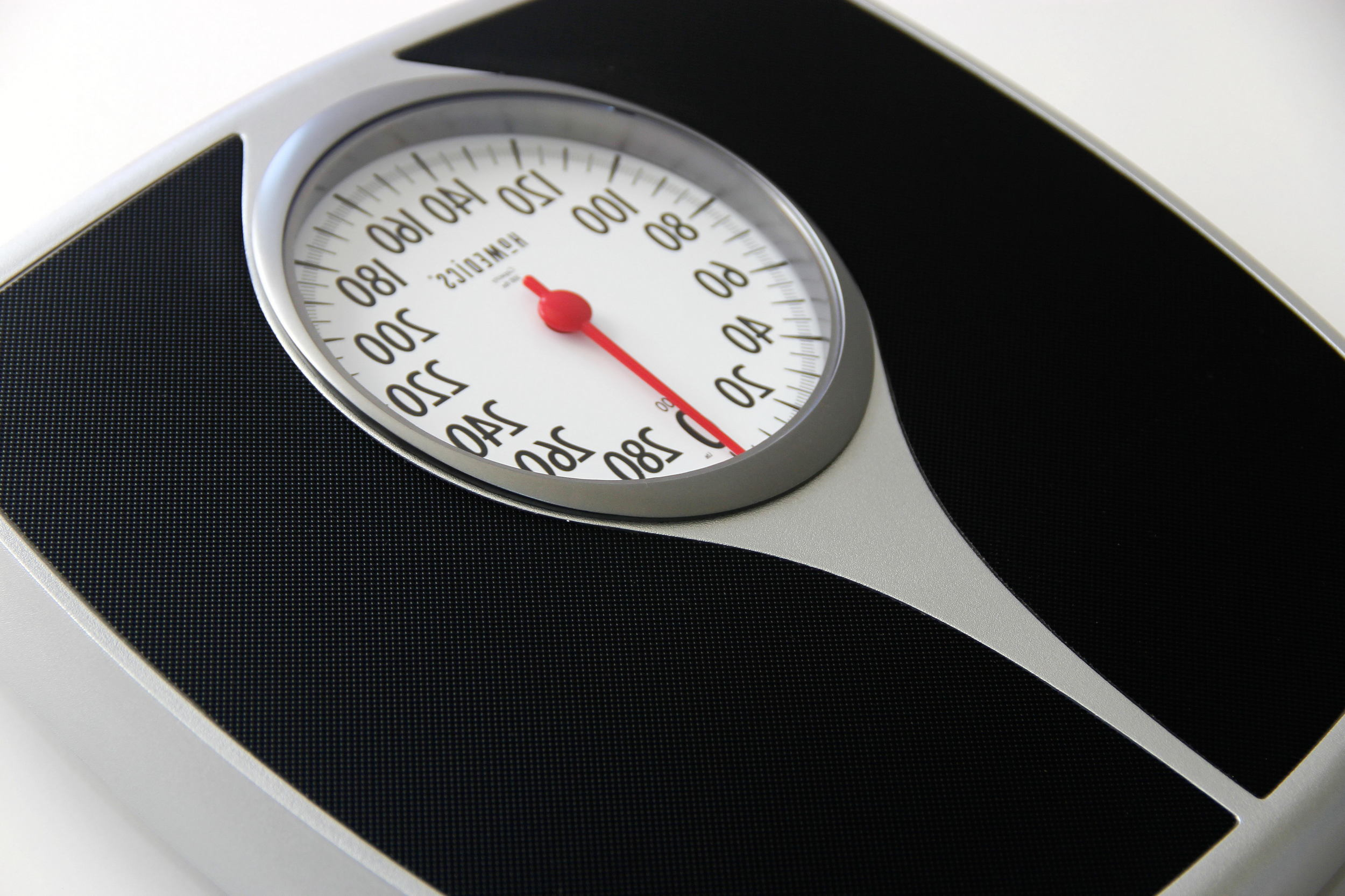 spring-scale-used-to-determine-ones-weight-in-pounds.jpg