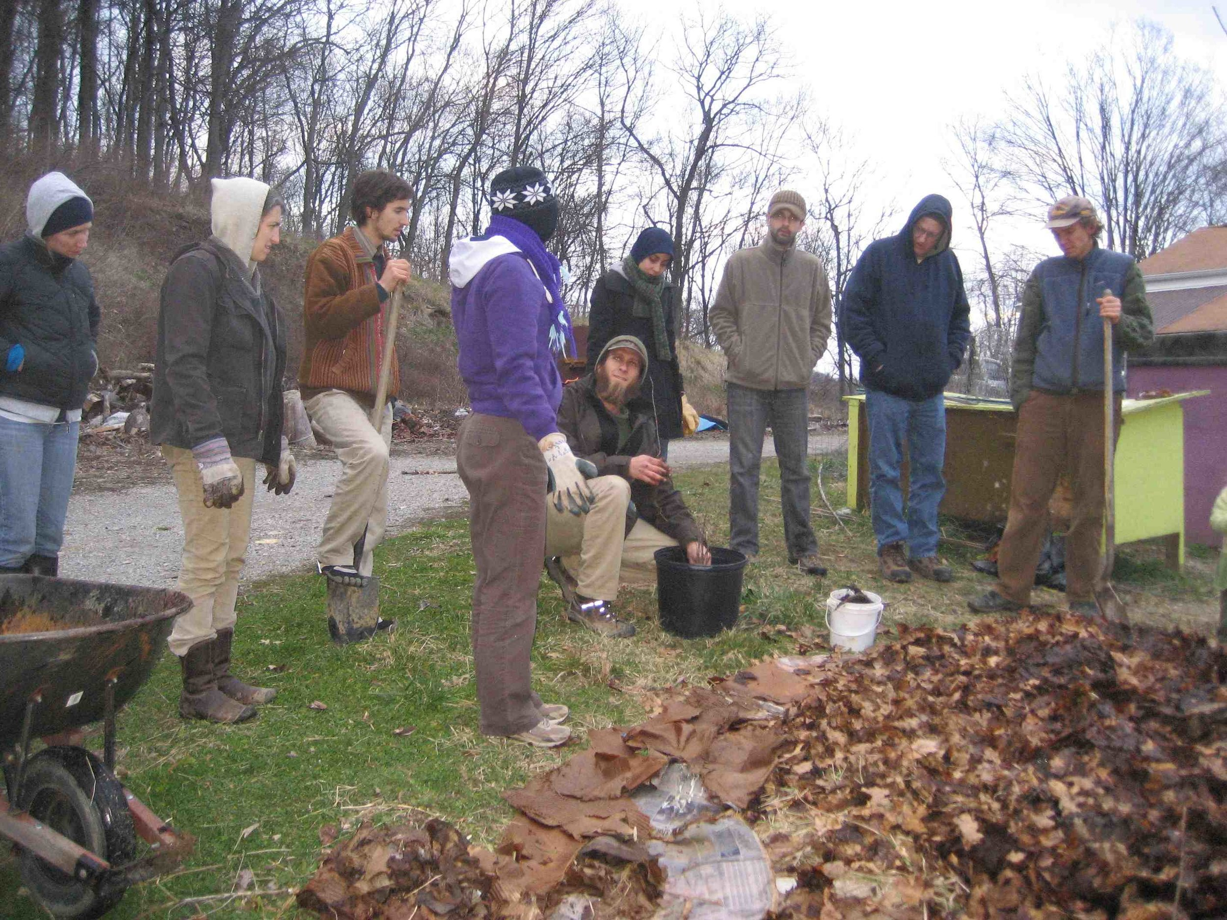 Ande Schewe teaching Food Forests through Hands on Learning