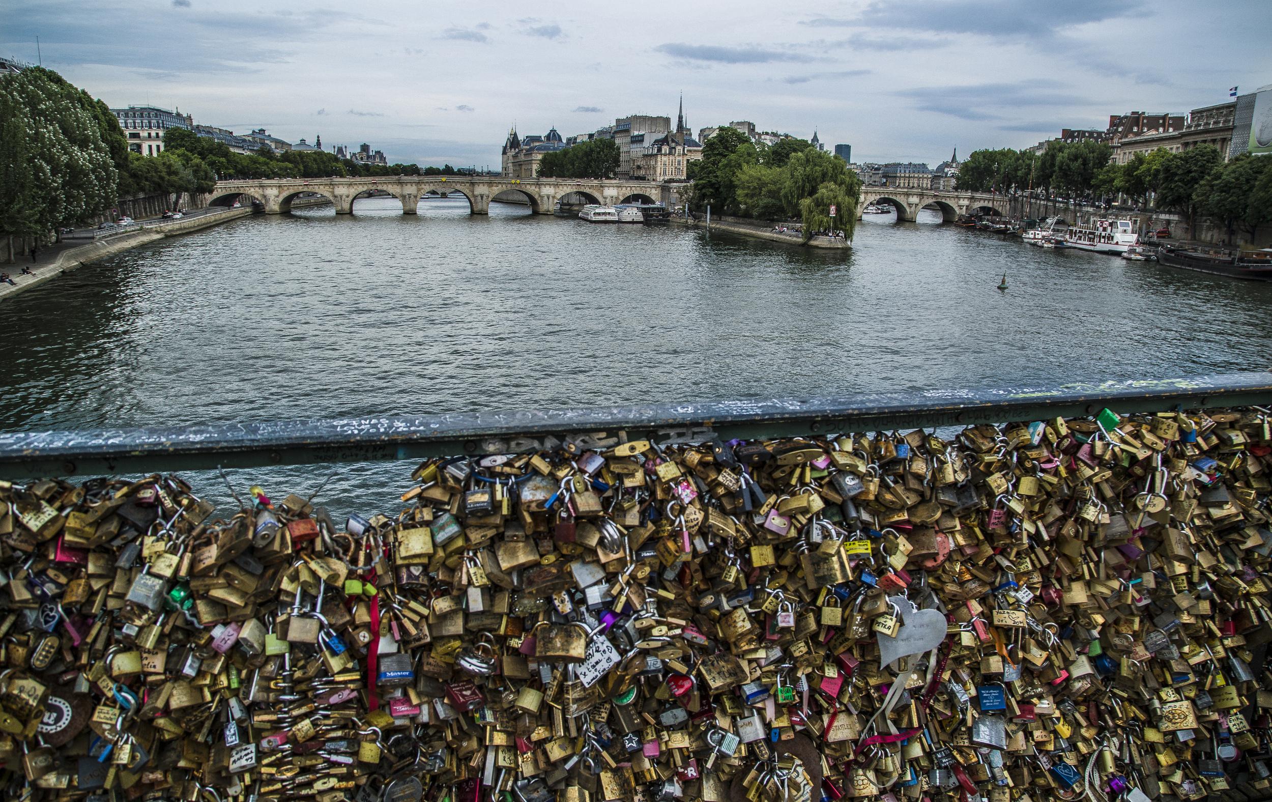 Paris1-1.jpg