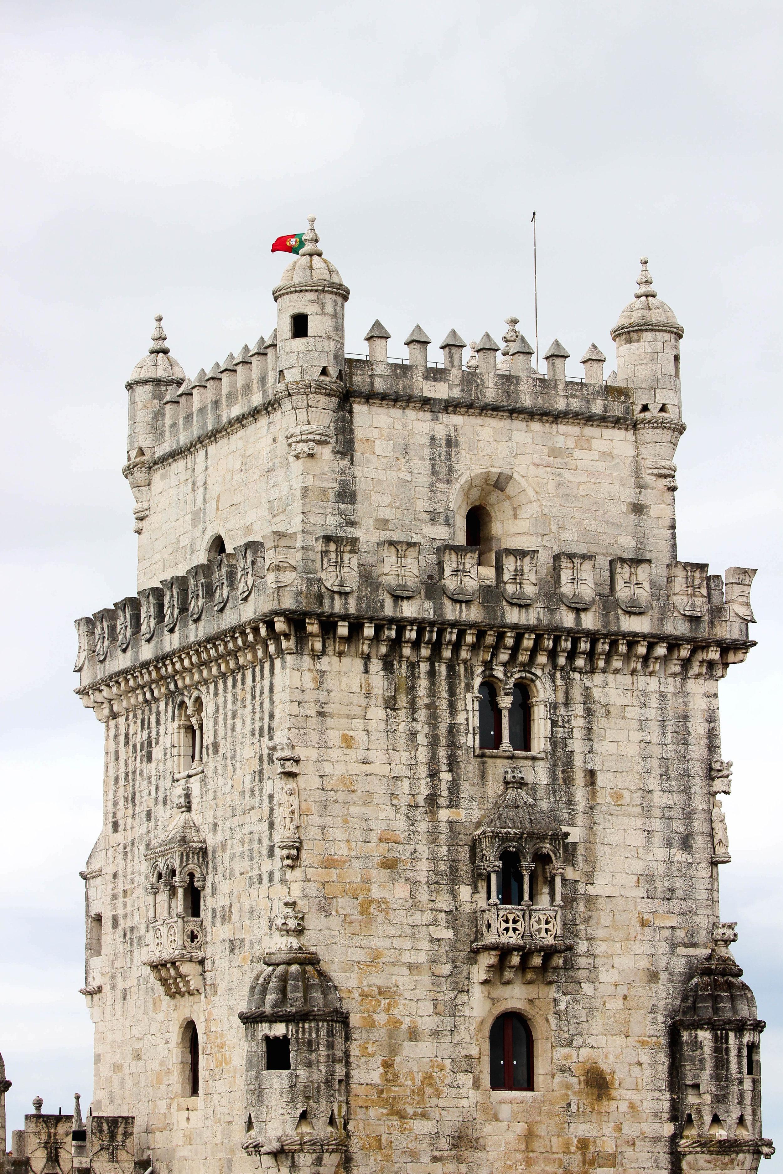 LISBON, PORTUGAL TRAVEL DIARY - TAYLORKRISTIINA.COM