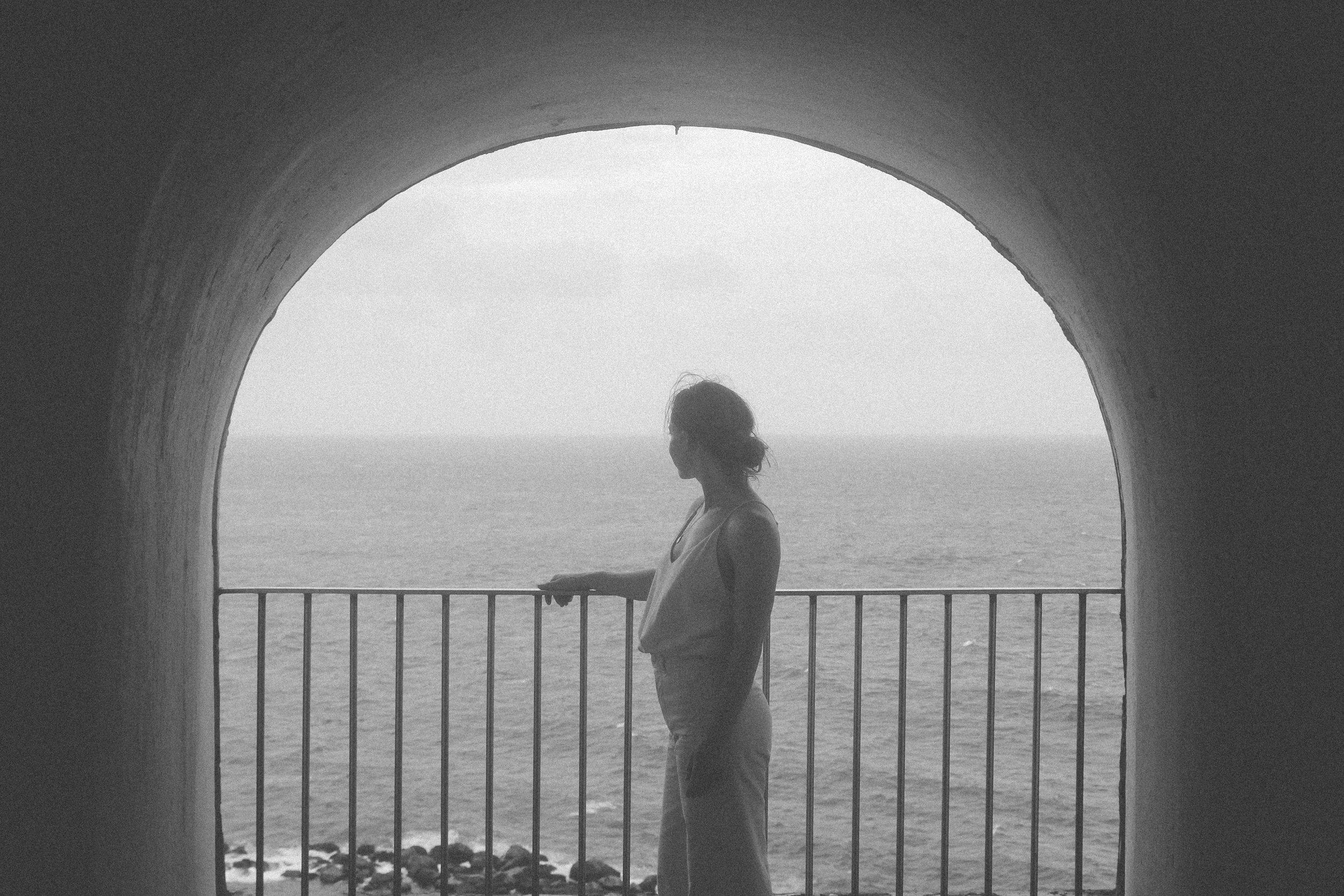 SAN JUAN, PUERTO RICO TRAVEL DIARY | TAYLORKRISTIINA.COM | OZMA OF CALIFORNIA SILK NOIL CAMISOLE, JESSE KAMM SAILOR PANTS IN NATURAL, AND ATP ATELIER ROSA SANDAL.