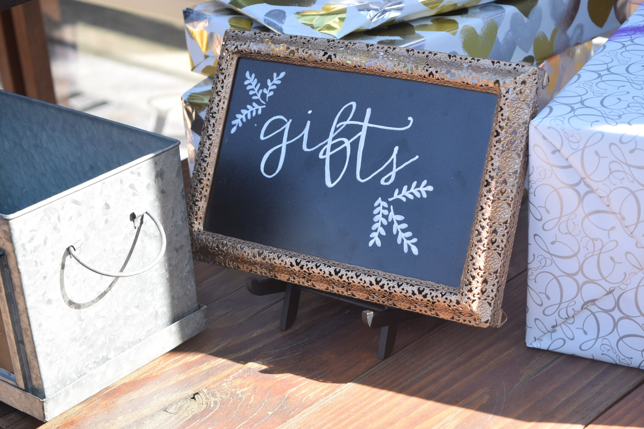 Custom Singange - When you're looking for a simple yet effective way to communicate our guests, we can create custom signage or take advantage of our frames, plaques and mirrors and let us add the perfect hand-written touch.