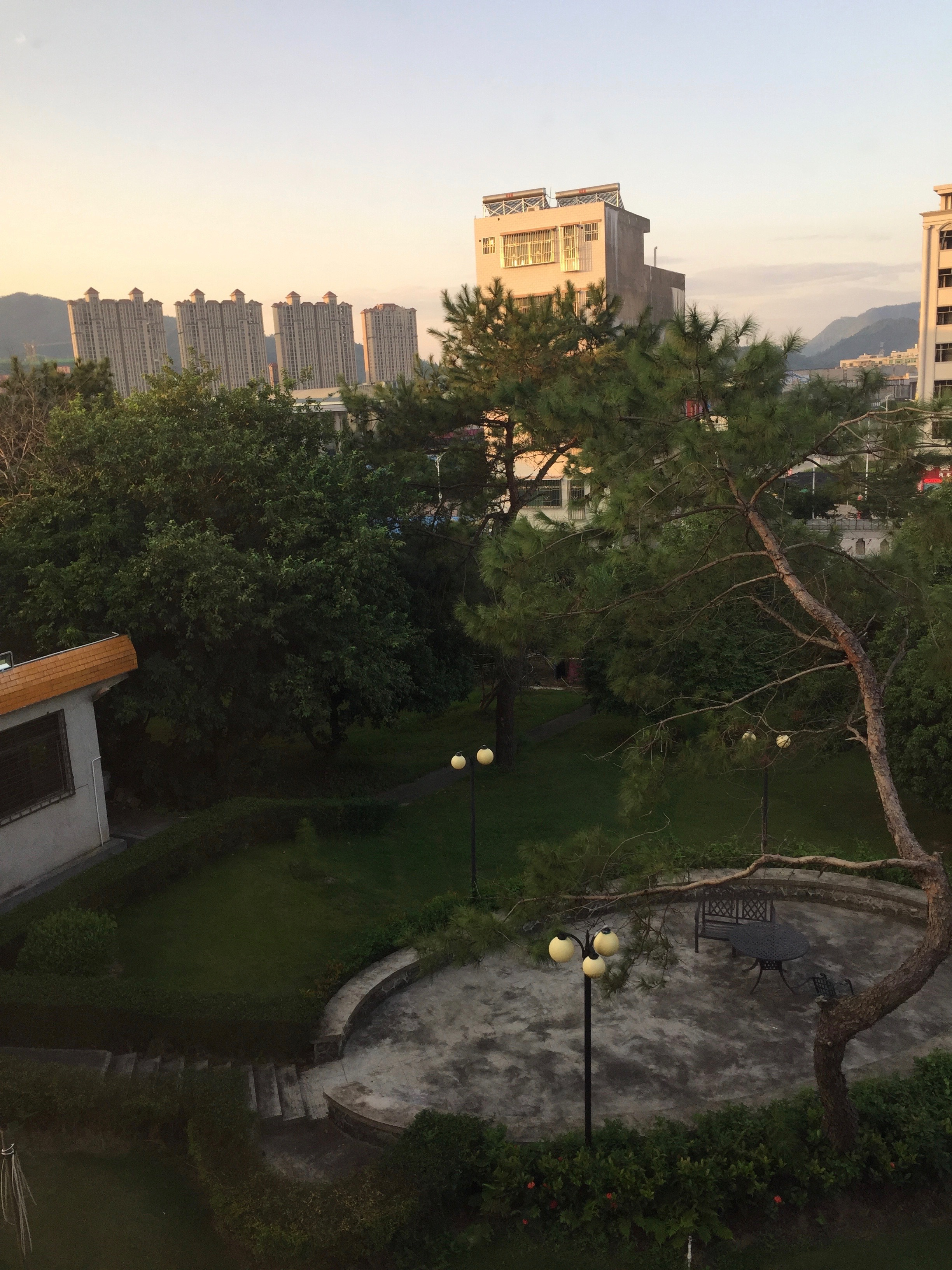 This was an early morning view from my dorm room. You can see the newly built high rises in Pingshan in the distance. The rate of construction was incredible! Many of these buildings sit empty as just a shells without even any windows. It's a little surreal to see rows and rows of these buildings.