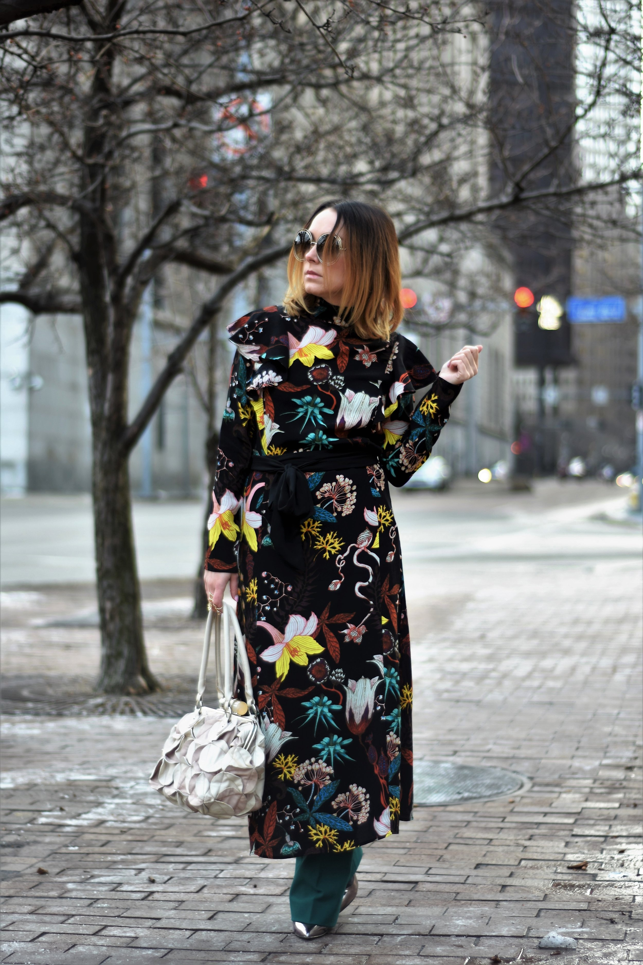 There's something super fresh about how tropical this particular floral print is.