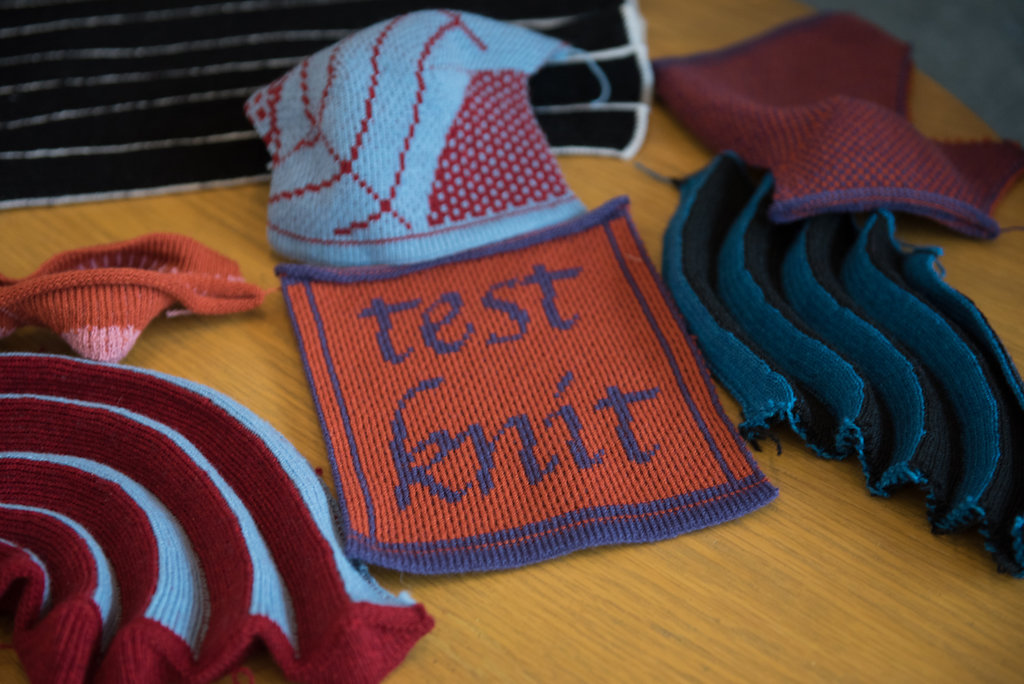 Here are some examples of Lea's knit pieces. It took 30 minutes to make the pictured blue and red piece, which is not that big.How long must it have taken to knit an entire garment? 😯