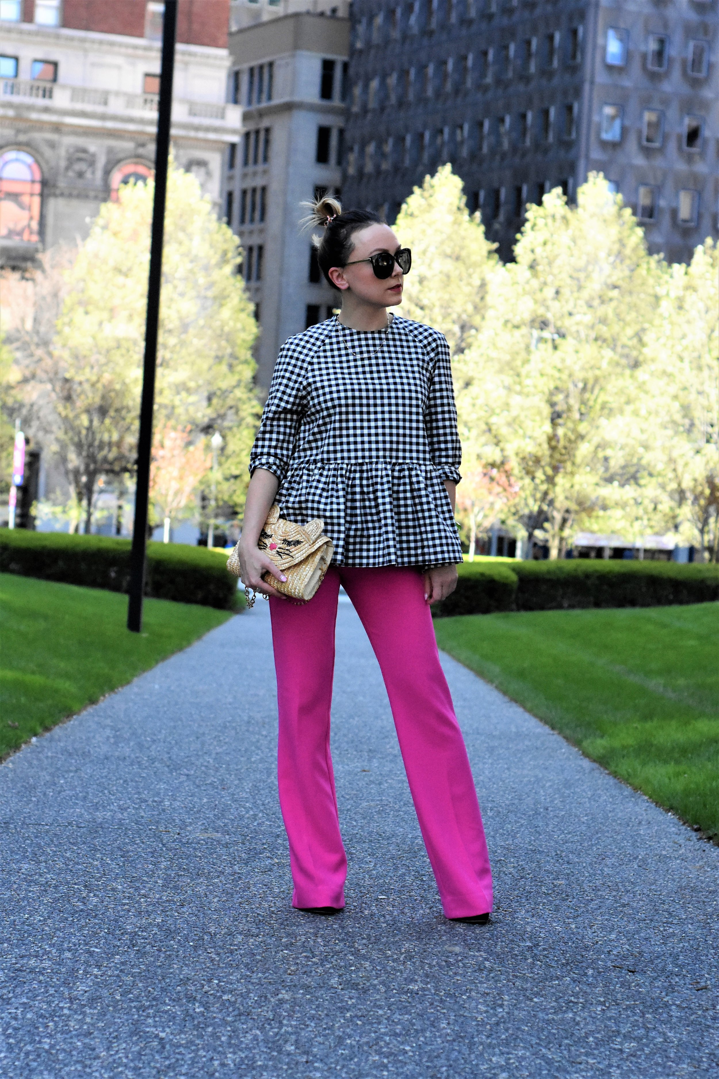 how to wear bright pink pants